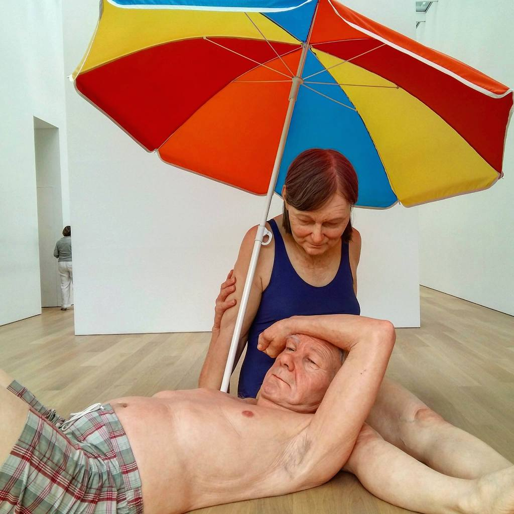 Ron Mueck - Couple under an Umbrella (2013)